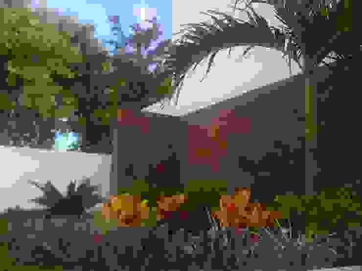 Jardins modernos por EcoEntorno Paisajismo Urbano Moderno