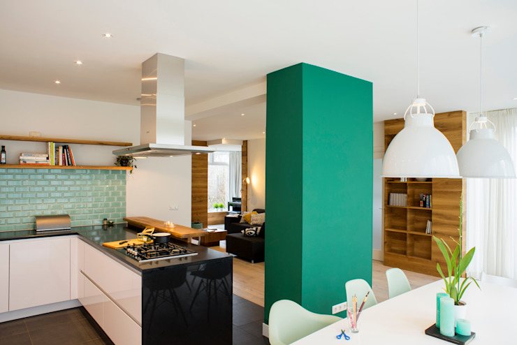 I and Y residency Moderne woonkamers van Diego Alonso designs Modern