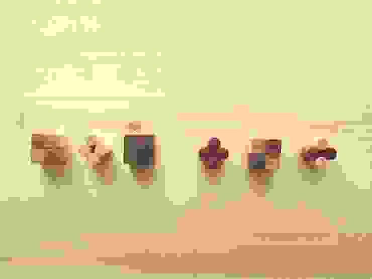 木のマグネット: 作房和樂(サボウワラク)が手掛けた折衷的なです。,オリジナル