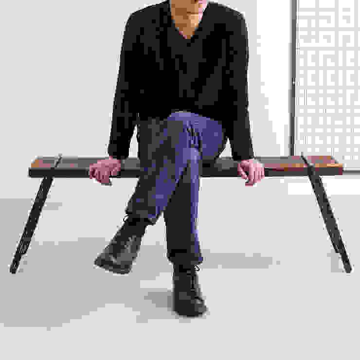 【 工具不要 】 足場板アイアンベンチ: Dichotomicが手掛けた工業用です。,インダストリアル 鉄/鋼