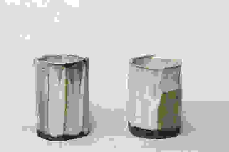 彩色灰釉金彩ぐい呑: nobuhito nakaokaが手掛けた折衷的なです。,オリジナル