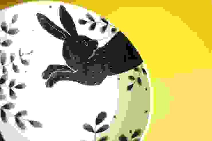 鉢: KANAME KO-BOが手掛けた現代のです。,モダン 磁器