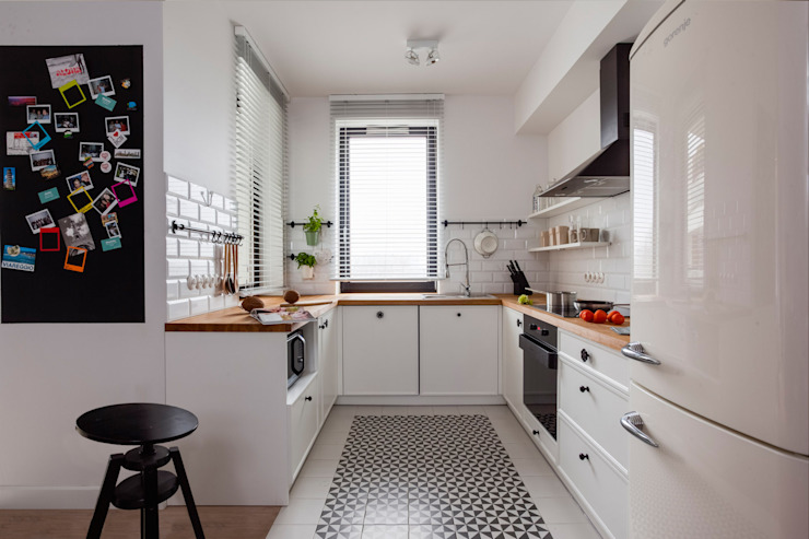 Kitchen by Loft Factory, Eclectic