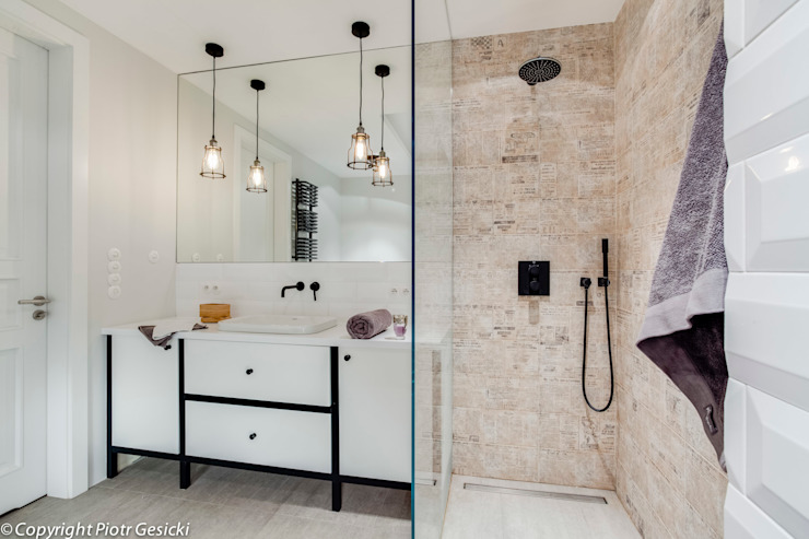 Industrial style bathroom by Loft Factory Industrial