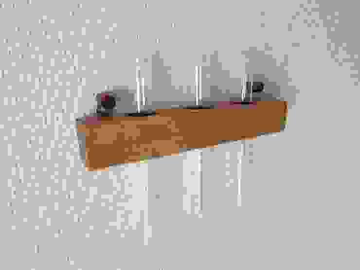 木の壁掛け三連一輪挿し-A: 作房和樂(サボウワラク)が手掛けた折衷的なです。,オリジナル
