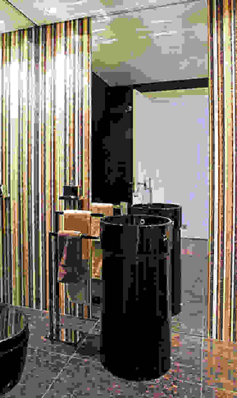 APARTAMENTO EXPO Casas de banho modernas por Artica by CSS Moderno