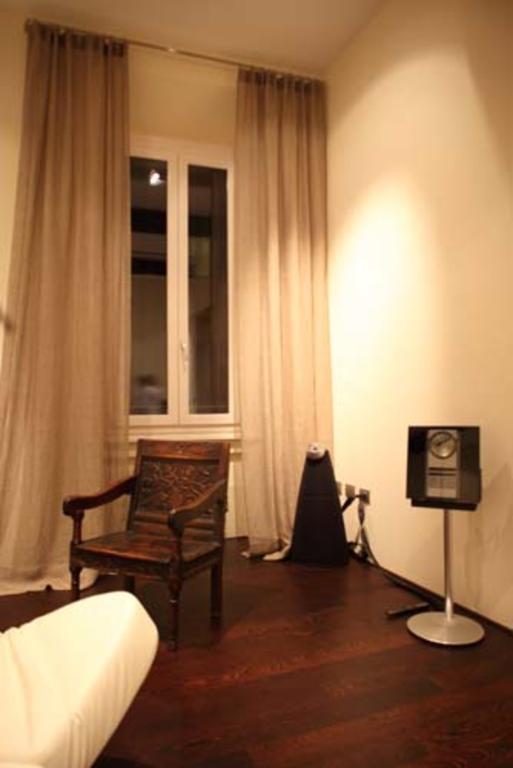 Apartamento Grossi-Spieckermann Casas modernas por Enrico Benedetti Arquitetos Moderno