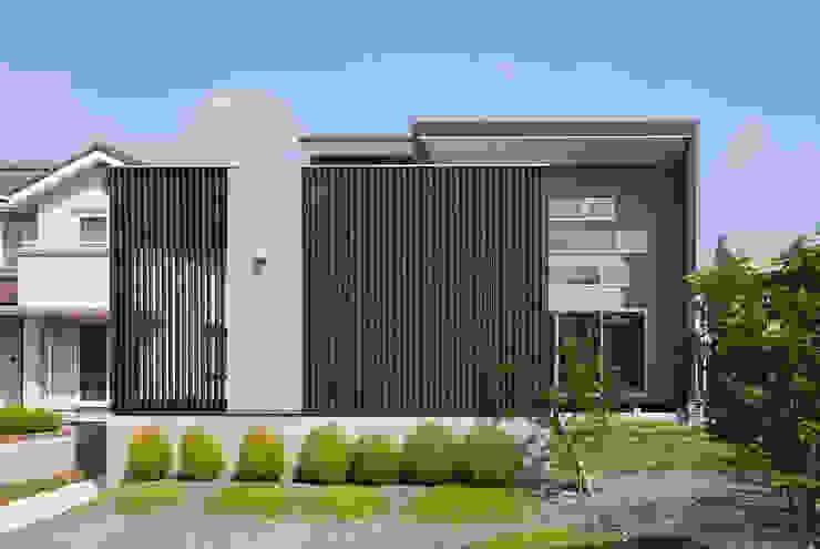 みどりの家 モダンな 家 の 空間設計室/kukanarchi モダン