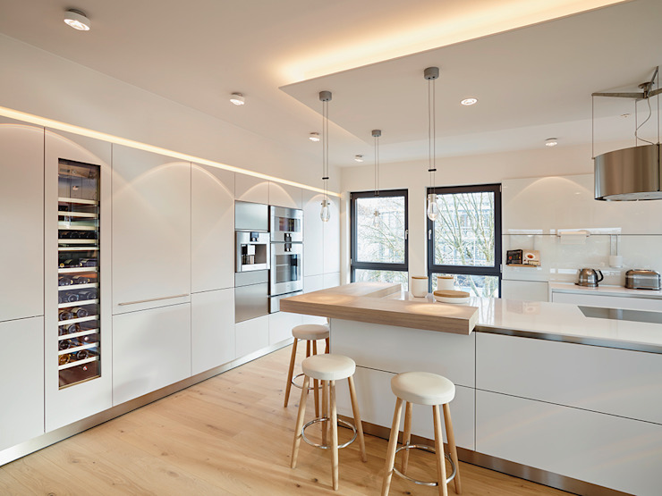 Modern kitchen by HONEYandSPICE innenarchitektur + design Modern