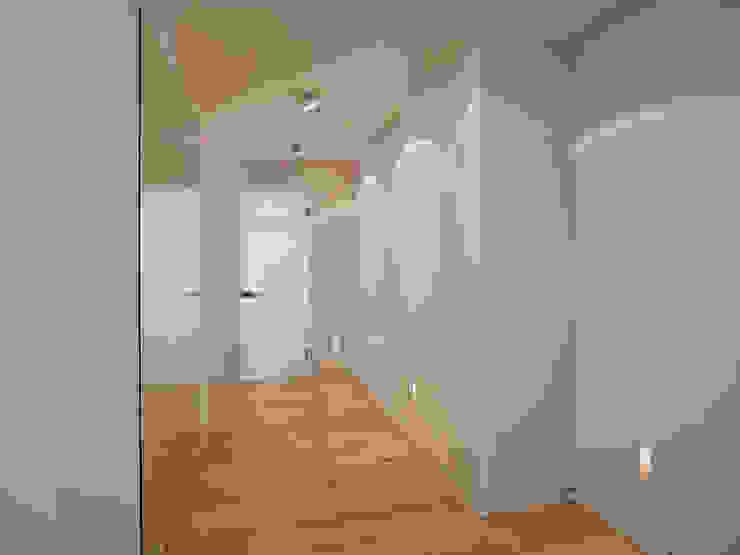HONEYandSPICE innenarchitektur + design Couloir, entrée, escaliers modernes