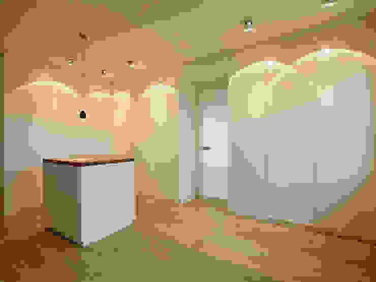 HONEYandSPICE innenarchitektur + design Chambre moderne