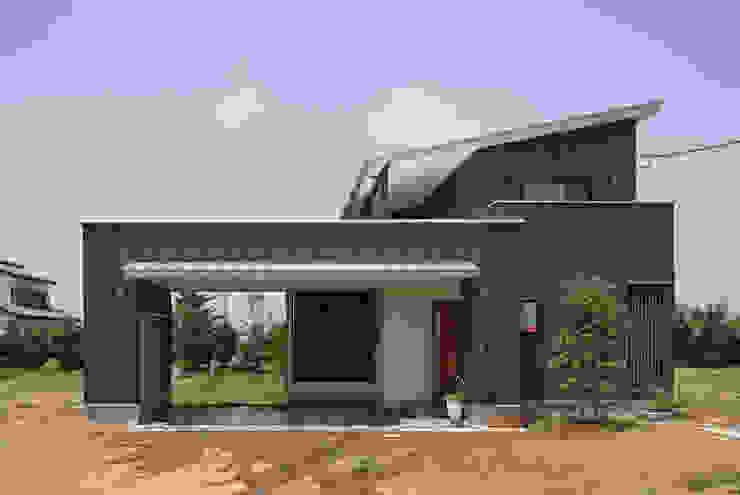 Garage/shed by 空間設計室/kukanarchi, Modern