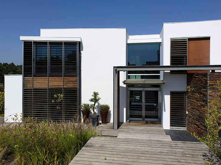 MORADIA BELAS Casas modernas por Artica by CSS Moderno