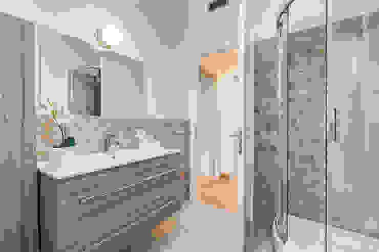Moderne Badezimmer von Luca Tranquilli - Fotografo Modern