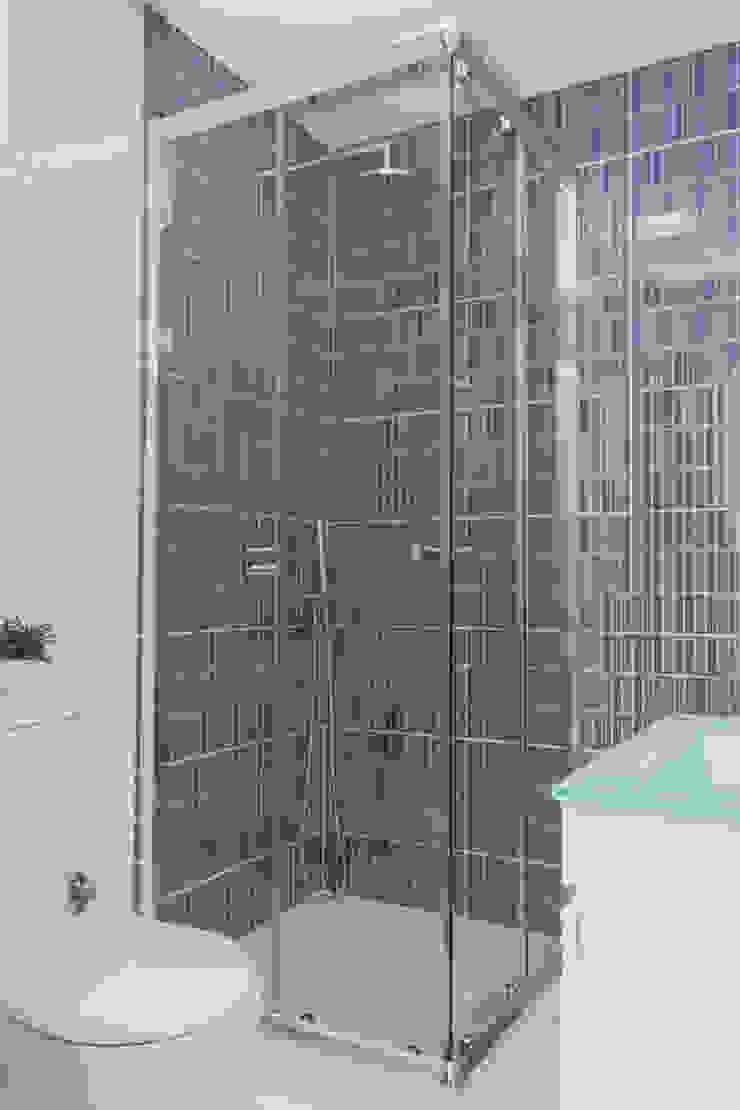 Alma Braguesa Furniture Salle de bainBaignoires & douches