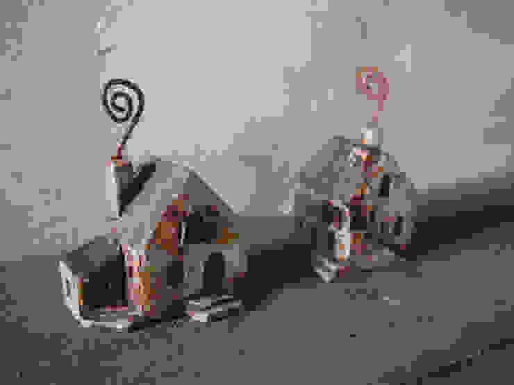 カードたて: 土の家が手掛けた折衷的なです。,オリジナル 陶器
