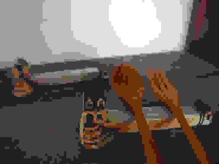 スプーンレスト: 土の家が手掛けた折衷的なです。,オリジナル 陶器