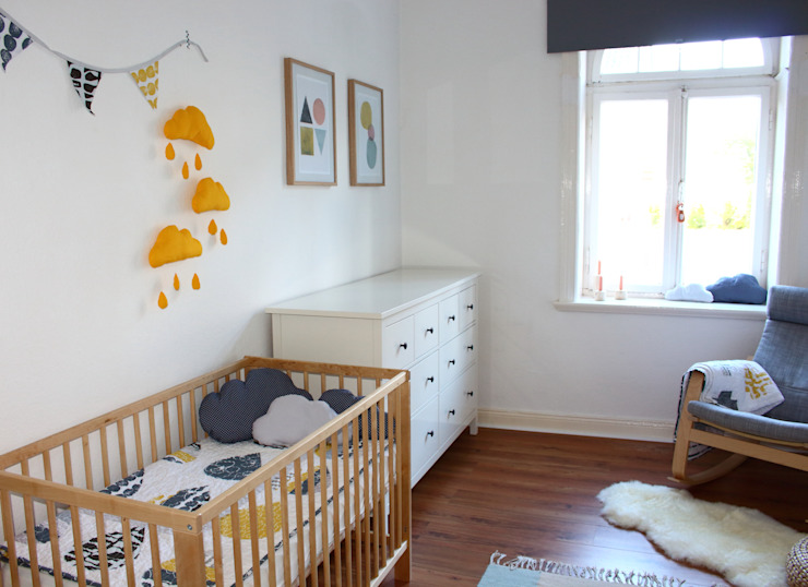 Nursery/kid's room by Mrs.Honeyfoot, Scandinavian