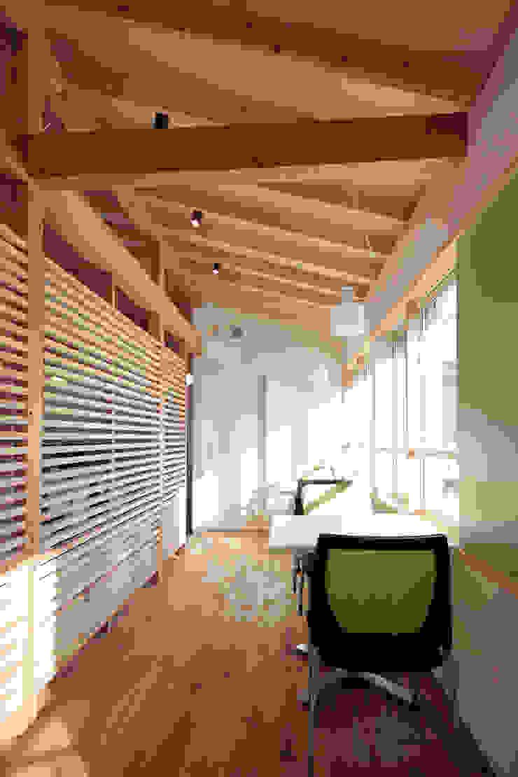 2階 打ち合わせスペース オリジナルスタイルの 玄関&廊下&階段 の ニュートラル建築設計事務所 オリジナル
