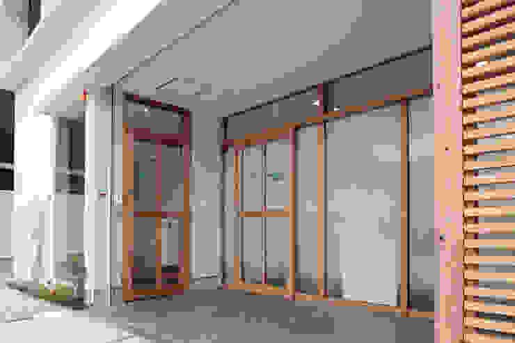 ポーチ オリジナルな 家 の ニュートラル建築設計事務所 オリジナル