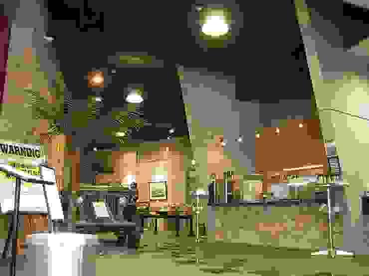 店舗 オリジナルデザインの 多目的室 の 株式会社 t2・アーキテクトデザイン 一級建築士事務所 オリジナル 石