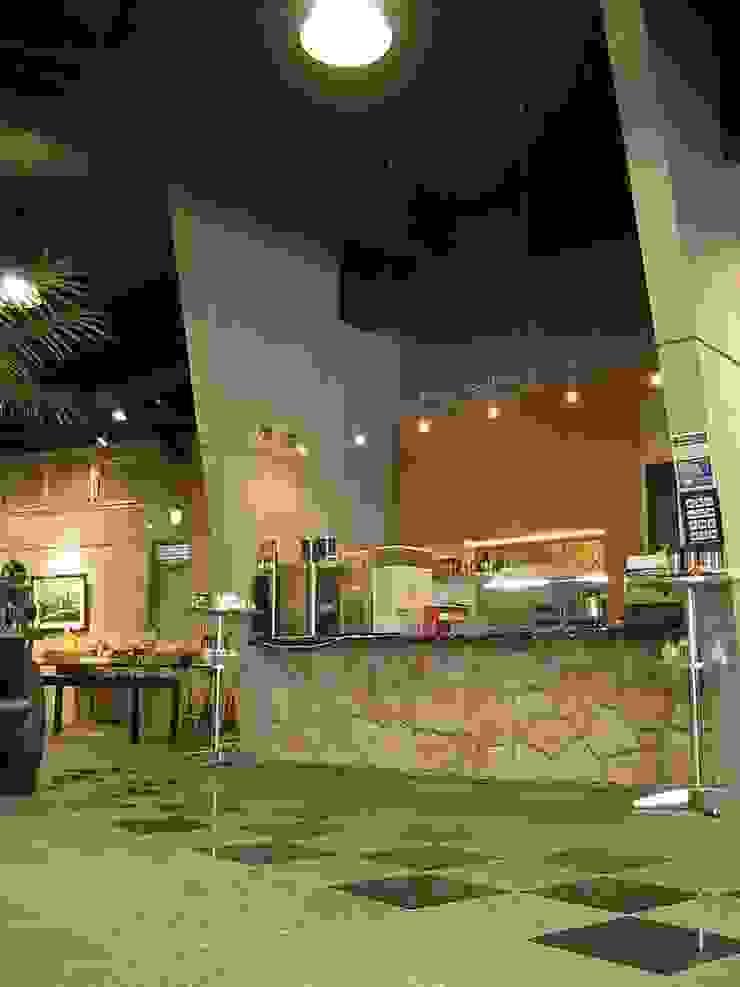 店舗: 株式会社 t2・アーキテクトデザイン 一級建築士事務所が手掛けた折衷的なです。,オリジナル 石