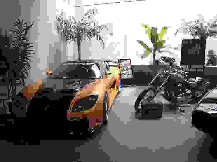 展示 オリジナルデザインの ガレージ・物置 の 株式会社 t2・アーキテクトデザイン 一級建築士事務所 オリジナル 金属