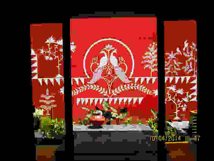 Asiatische Esszimmer von ar.dhananjay pund architects & designers Asiatisch