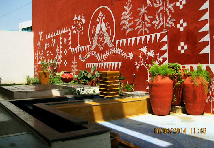 THE CAFTED HOUSE Asian style garden by ar.dhananjay pund architects & designers Asian
