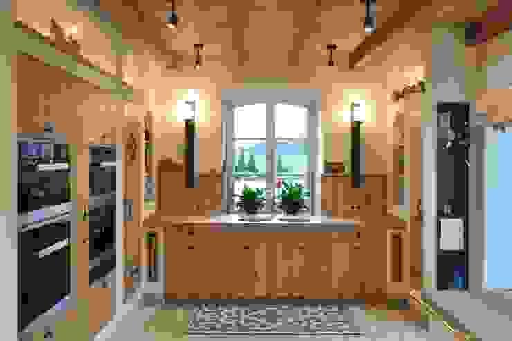 Kitchen by Klocke Möbelwerkstätte GmbH, Country Wood Wood effect