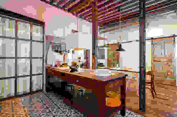 Cuisine rustique par The Sibarist Property & Homes Rustique