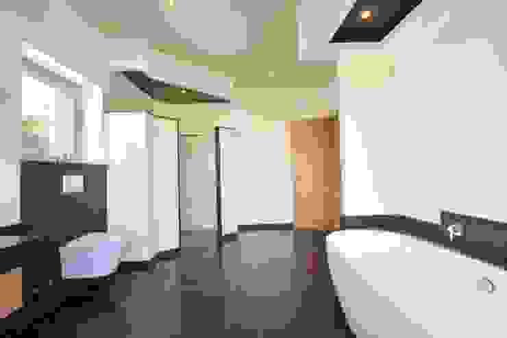 Element 5 Mallorca S.L.U. Modern Bathroom
