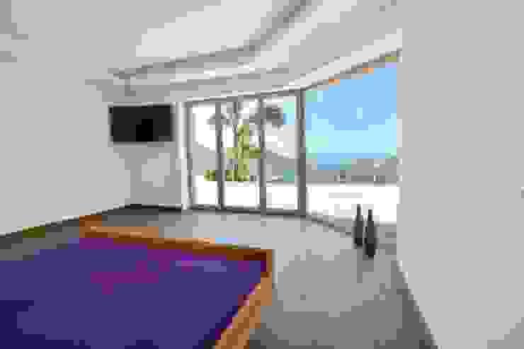 Element 5 Mallorca S.L.U. Modern Bedroom