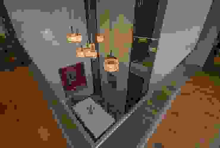 Lunavat residence Modern corridor, hallway & stairs by Archtype Modern