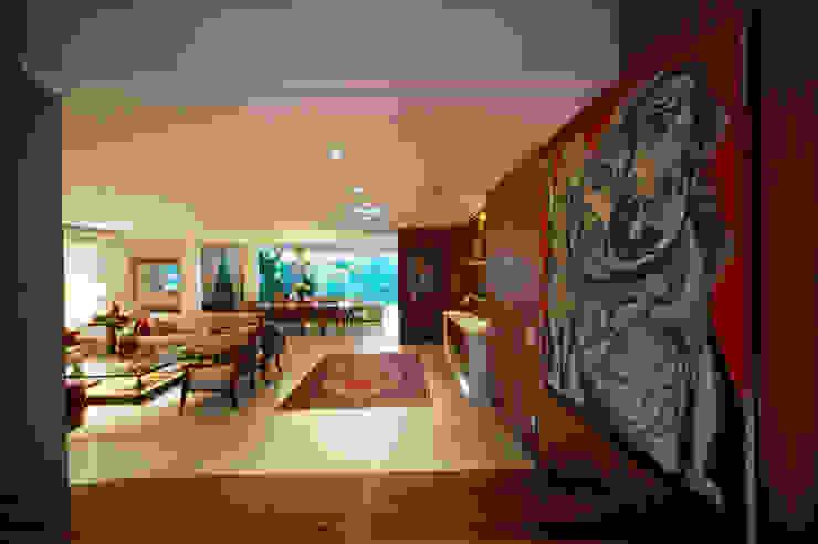 Modern home by Régua Arquitetura Modern