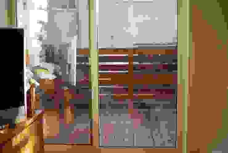 KB House モダンデザインの テラス の 株式会社グリーンプラス モダン