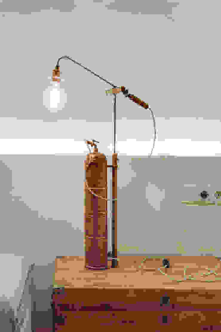 Oficinas de estilo mediterráneo de Lara Pujol | Interiorismo & Proyectos de diseño Mediterráneo