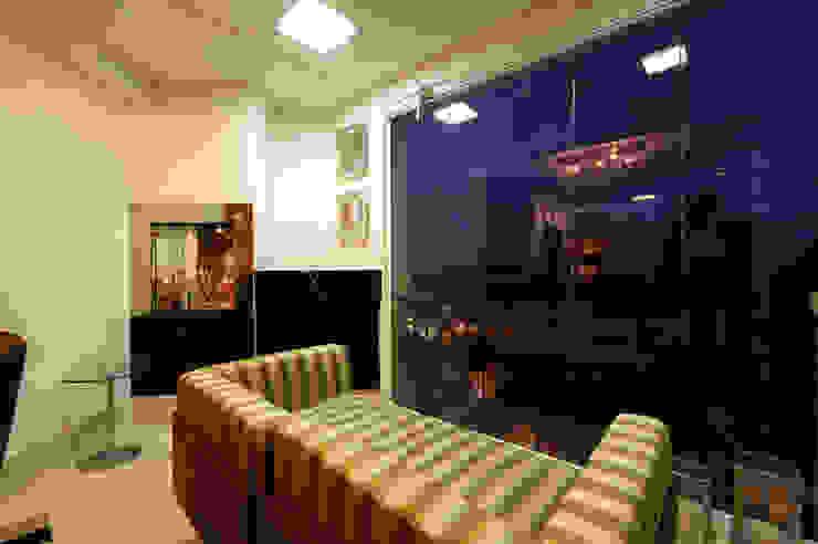 Terraço Bar Varandas, alpendres e terraços modernos por Régua Arquitetura Moderno
