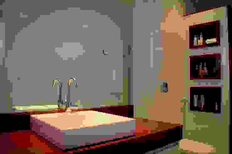 Casas de banho  por Andrea F. Bidóia Arquiteta, Moderno