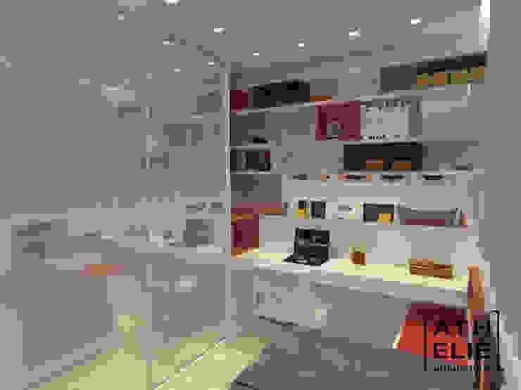 Dormitório jovem Quarto infantil moderno por ATHeliê Arquitetura Moderno