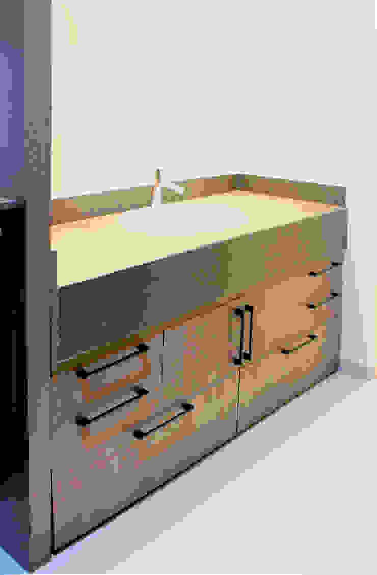 Mueble de baño Baños industriales de D.I. Pilar Román Industrial
