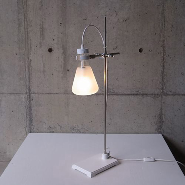 FLASK - Table Lamp abode Co., Ltd. WohnzimmerBeleuchtung