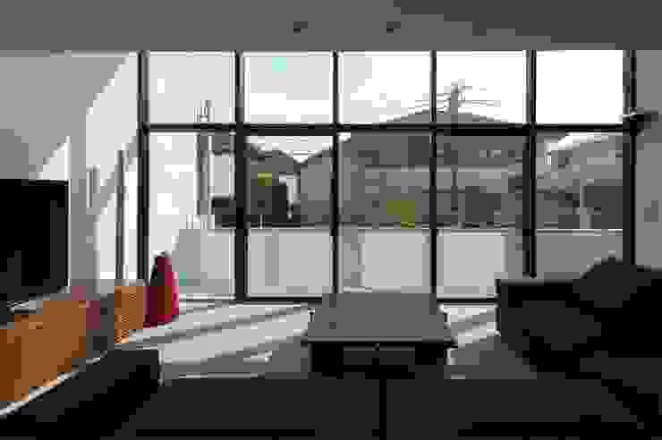 KaleidoscopeⅡ モダンデザインの リビング の 澤村昌彦建築設計事務所 モダン