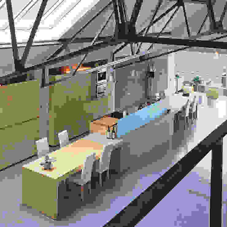 Loft K (c) Architektenburo Jef Van Oevelen Cuisine moderne par Architektenburo Jef Van Oevelen Moderne