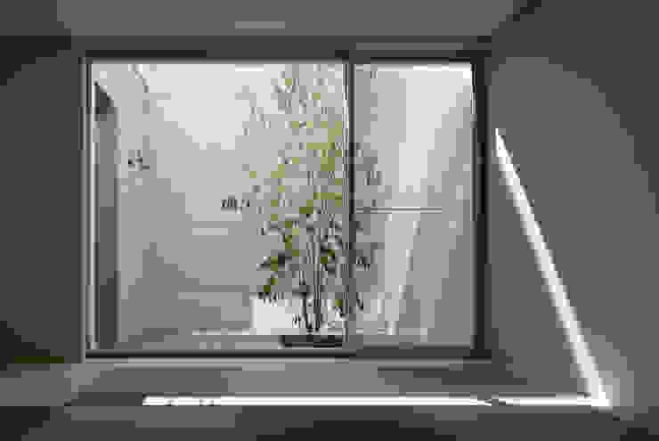 KaleidoscopeⅤ モダンスタイルの寝室 の 澤村昌彦建築設計事務所 モダン