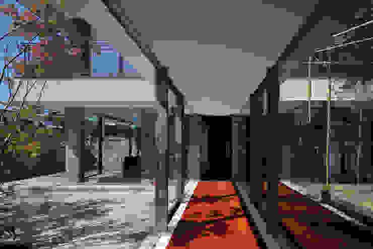 ST2-KYOTO モダンスタイルの 玄関&廊下&階段 の 澤村昌彦建築設計事務所 モダン