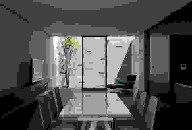 YAMANOUCHI House モダンデザインの ダイニング の 澤村昌彦建築設計事務所 モダン