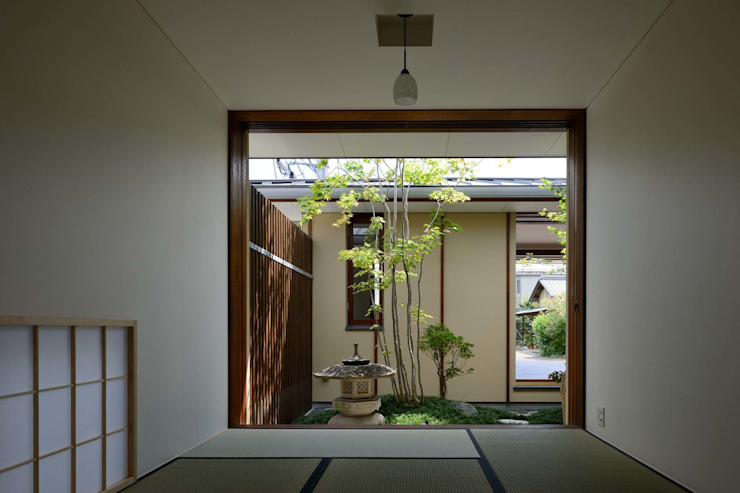 FURUKAWA House アジア風 庭 の 澤村昌彦建築設計事務所 和風