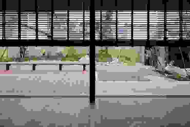 Garden by 澤村昌彦建築設計事務所, Scandinavian