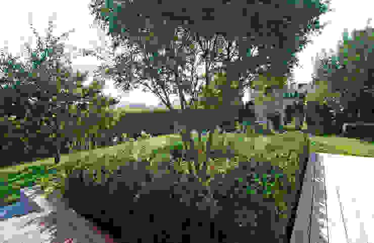 Сад by Lustenberger Schelling Landschaftsarchitektur, Сучасний
